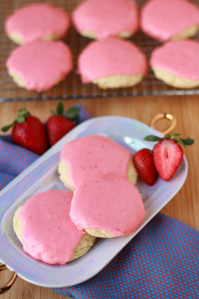 strawbery cookies 1