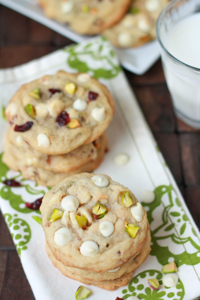 white choc pistachio cookies final